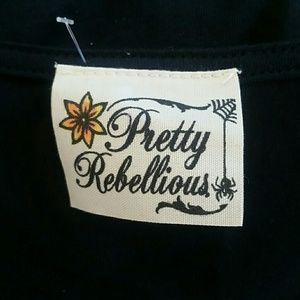 Pretty Rebellious Tops - IT'S NOT ME IT'S YOU TEE